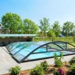 Nadelen van een betonnen zwembad terras